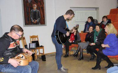 """Seminaras ,,Kaip sudominti vaikus etnine muzika"""""""